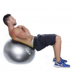 Faites vos exercices abdominaux en toute sécurité avec une balle d'exercices